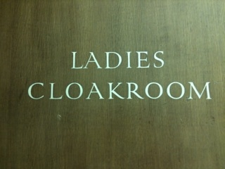 Cloakroomsign